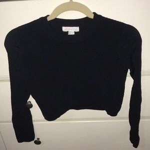 CROPPED BLACK RIBBED TOP FOREVER 21